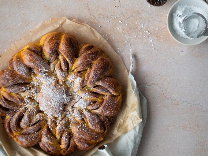 Festive Saffron & Cinnamon Bread Star