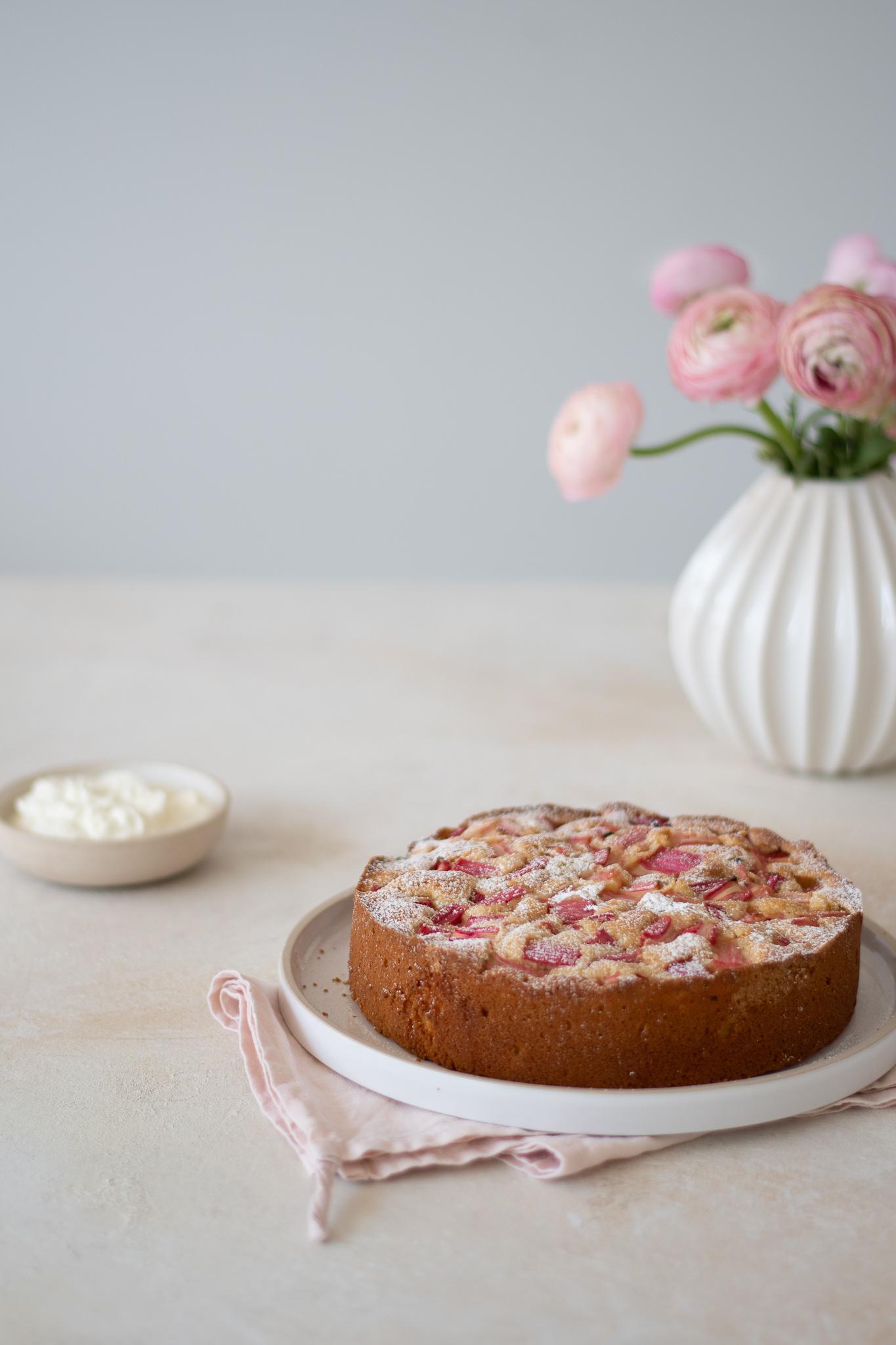 Rhubarb & Ginger Cake