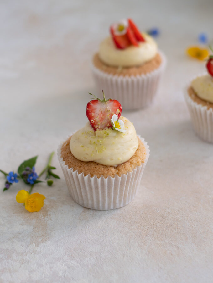 National Sweden Day Cupcakes