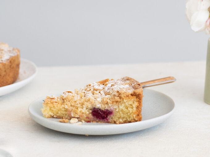 Garden Gooseberry & Almond Streusel Torte